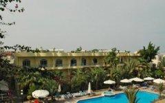 Egitto, Hurgada: assalto kamikaze a un hotel di lusso. Tre feriti, morto l'assalitore