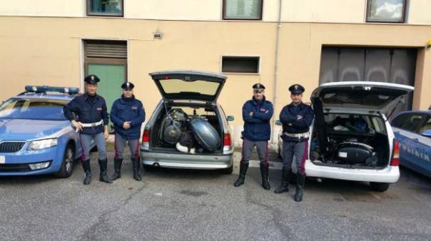 Arezzo, la Polstrada recupera sull'AutoSole tre motori marini rubati