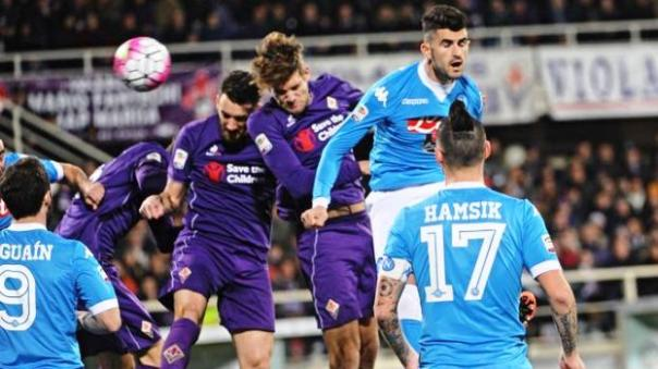 Fiorentina-Napoli, lo stacco di Alonso che dà il gol alla Fiorentina