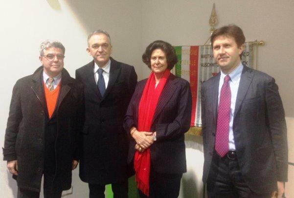 Il governatore Rossi (secondo da sinistra) e il sindaco Nardella (primo a destra)