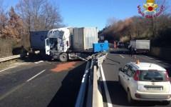 Lastra a Signa: traffico bloccato per incidente sulla FI-PI-LI. Ore 17: verso la normalità