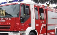 Grosseto: il piromane provoca l'incendio accanto alla questura e ai vigili del fuoco