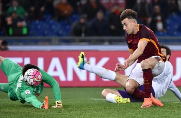 Il primo gol della partita, segnato da El Shaarawy su assist di Salah
