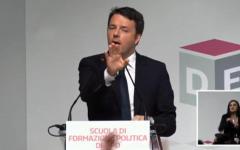Pd, Renzi attacca Bersani e D'Alema: «Chiedono rispetto per l'Ulivo, ma lo hanno distrutto». E arriva la replica