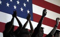Primarie Usa: Hillary Clinton e Donald Trump trionfano nel super martedì. Ora volano verso la nomination: in palio la Casa Bianca