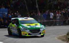 Auto, Rally di Sanremo: Paolo Andreucci trionfa con la sua Peugeot 208 T16