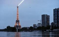 Parigi: il livello della Senna scende di poco (6,07 m.), ma resta l'allarme