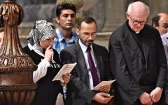 Firenze: delegazione di musulmani, guidata dall'imam Izzedin Elzir, ha partecipato alla messa in Duomo