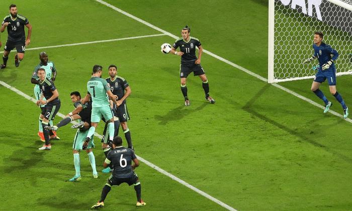Il gol di Cristiano Ronaldo che porta in vantaggio il Portogallo
