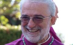 Il vescovo di Grosseto sull'emergenza incendi: «Il piromane farà i conti con Dio...»