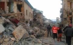 Terremoto: si contano già i morti a Accumoli, Arquata del Tronto, Pescara del Tronto e Amatrice. Il Capo della protezione civile minimizza