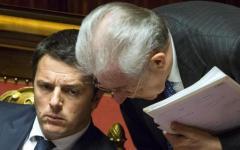 Banche, salvataggi: L'ex premier Monti replica alle accuse di Renzi. La cui brillante idea avrebbe portato lo Stato a scatafascio