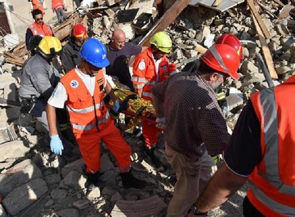 Terremoto di Rieti: soccorsi e vigili del fuoco partiti anche da Firenze