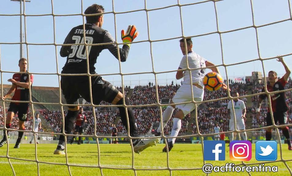 Nikola Kalinic firma la sua tripletta: è il quinto gol della Fiorentina a Cagliari
