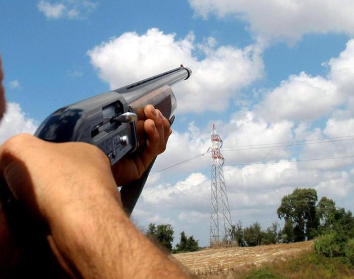 Volterra(Pi): lite con un cacciatore, proprietaria del terreno ferita alla testa