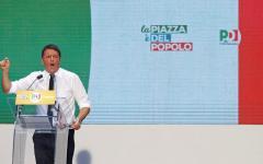 Roma: Piazza del Popolo, in 50.000 per il Sì, ma Renzi non riunisce il Pd. Diserta la minoranza dem, ad eccezione di Cuperlo