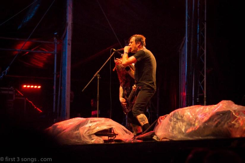 first3songs-olga-napalm-death-metaldays-web-7232