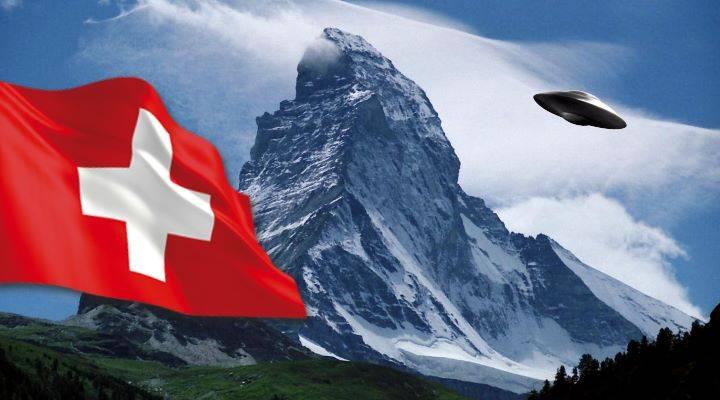 UFO über der Schweiz gefilmt: Was Erich von Däniken davon hält und die seltsamen Erklärungen anderer Experten