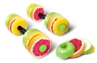 Pesas_hechas_de_verdura_y_fruta
