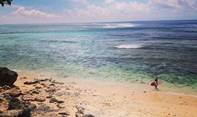 surfer bali beach