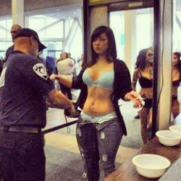 20 Most Awkward Airport Security Check Pictures