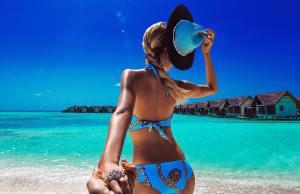 #FollowMeTo Couple's Jaw-Dropping Honeymoon Pics