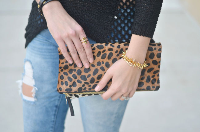 cheetah foldover clutch with distressed jeans via fizzandfrosting.com