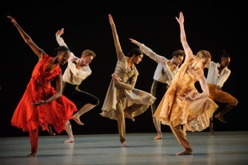 """Richard Alston Dance Company in """"An Italian in Madrid."""" Photograph by Jane Hobson"""