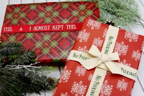 Easy and Fun Customized Christmas Ribbons
