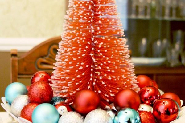 Retro Christmas Centerpiece