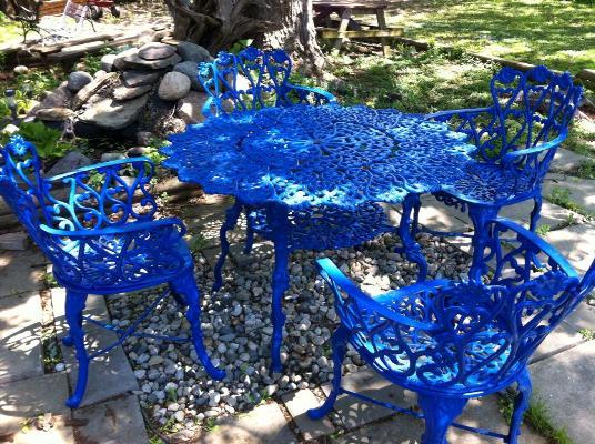 Flea Market table fix up, finished