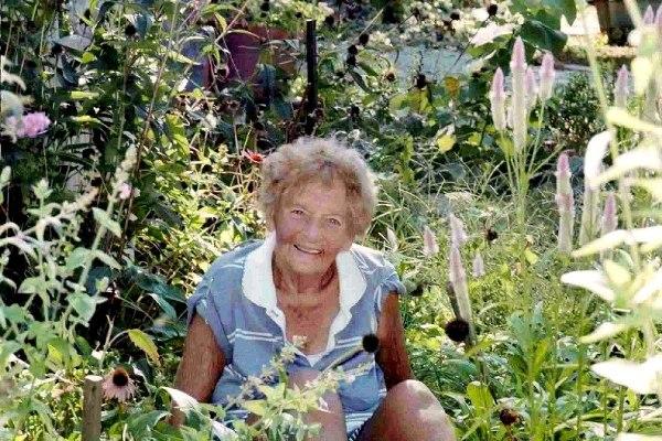 Cindy Reynolds' sweet Mom