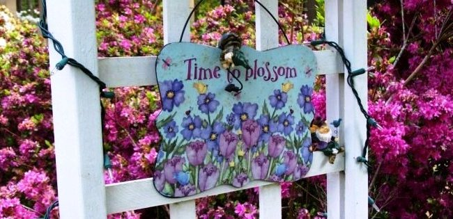 Make a garden sign-featured