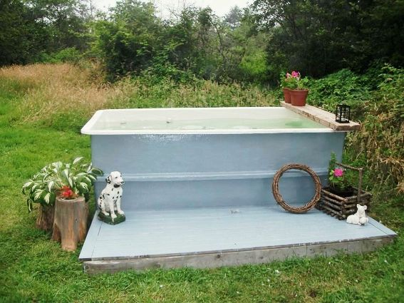 Becky Doucette's large tub.... Calgon take me away...
