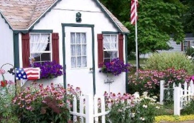 Dreamy cottages