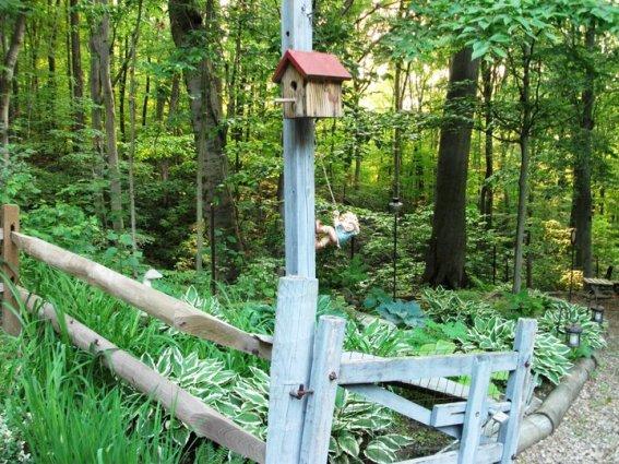 Notice Cindy Trubisky's  fence post climber