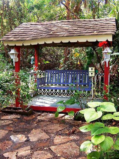 Little swing house