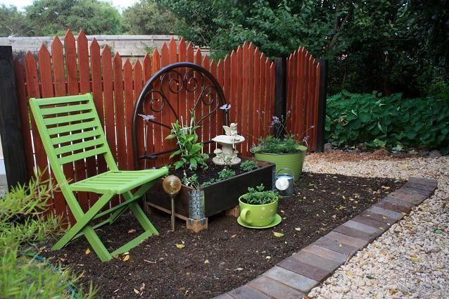 Yvonne's new 'pocket' garden
