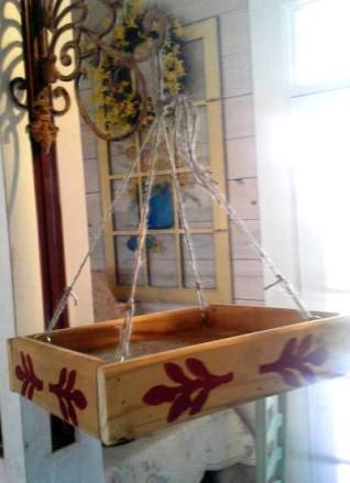 Bird feeder from pallet wood is the simplest project ever!