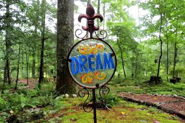 Dream of an enchanted garden