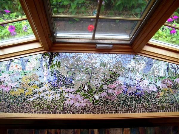Susan's tiled windowseat garden (4)
