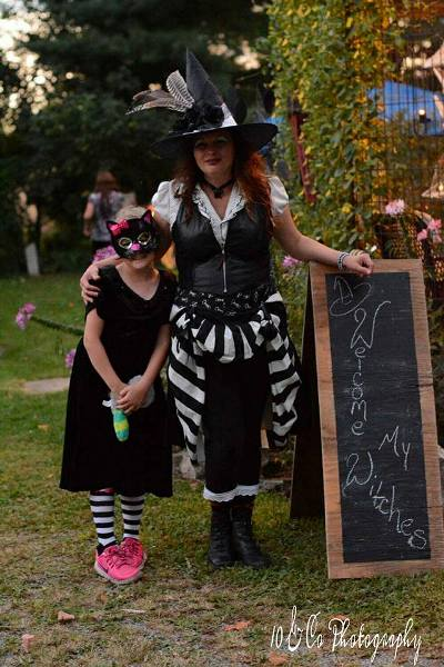 The Birthday witch Angela and her black cat Kaylee, also voted cutest witch