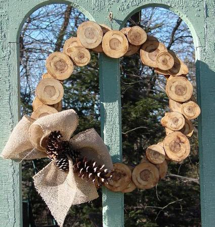 Jeanne's nature-Inspired wood slice wreath