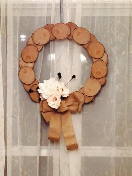 Toni Visconti's finished wreath