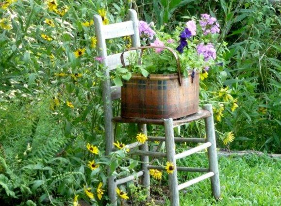 50 planted garden chairs a gallery flea market gardening - Prim Garden