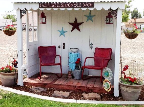 Jodi Mihelich used five discarded doors to make a charming sitting area