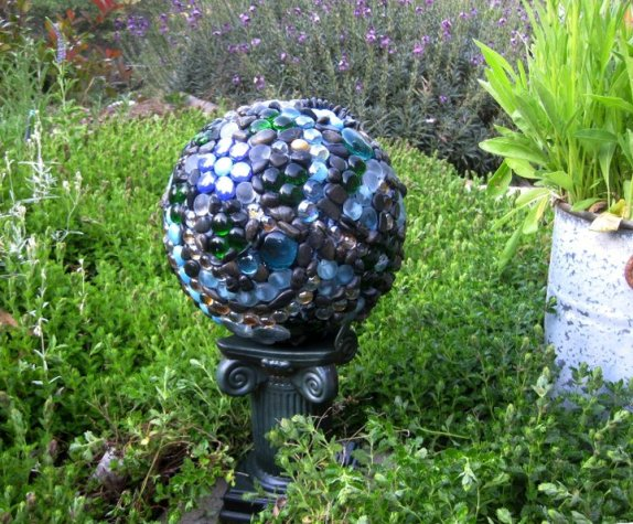 Sue Langley's bowling ball garden orb After