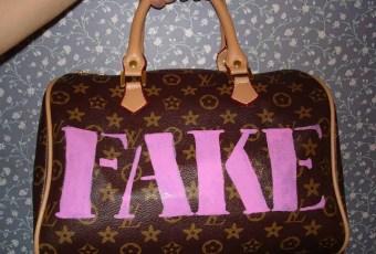 10 Signs To Spot A Fake Designer Handbag - Hand Guide