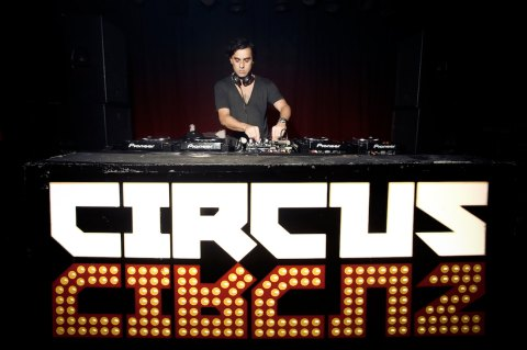 yousef-circus-logo-high-res1