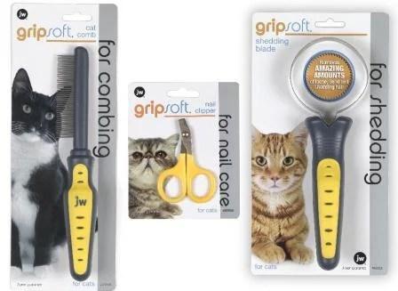 JW Pet Giveaway on Floppycats June 2012